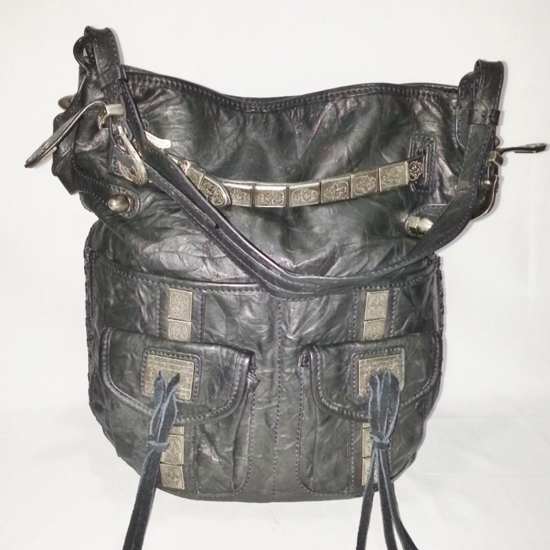 THOMAS WYLDE Black Leather Shoulder Bag