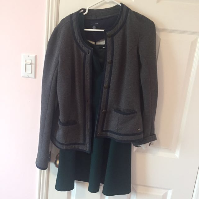Tommy Hilfiger Cardigan Size Small (dress underneath not included)