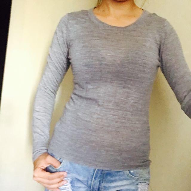 (repriced)Uniqlo sweater