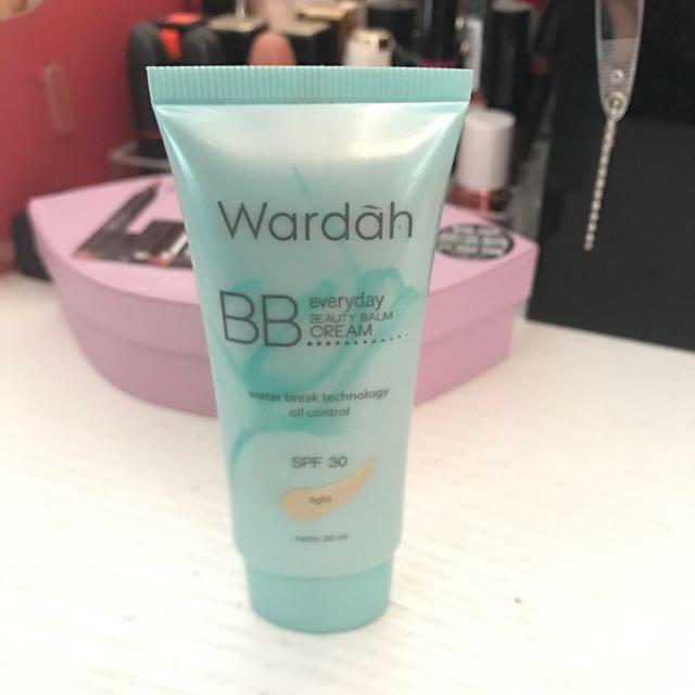 Wardah bb cream in light