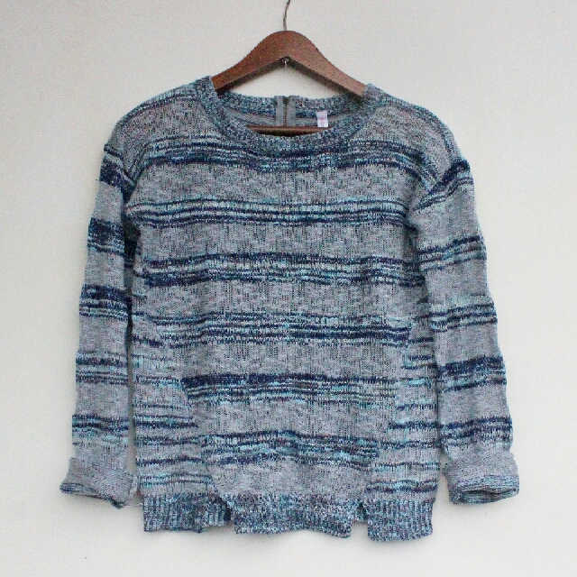 Xhilaration Semicropped pullover