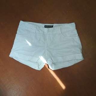 Hotpants Putih Size 28