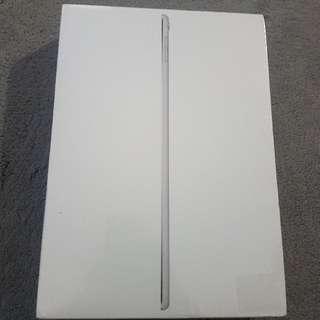 iPad Pro 128gb wifi - Brand new
