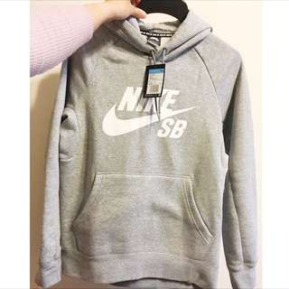 🚚 全新正品 Nike SB Logo 帽T