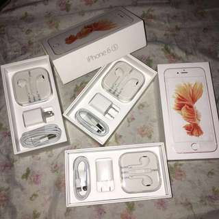 [LAST SET] Apple iPhone Earpods + Charger