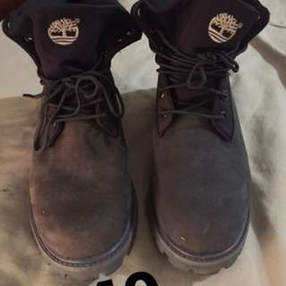 BLACK TIMBERLANDS AUTHENTIC