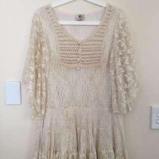 Vintage Lace Dress S10-12