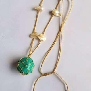 Howlite White (blue & green) stone necklace