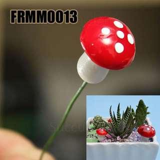 FRMM0013 Miniature Red Mushroom