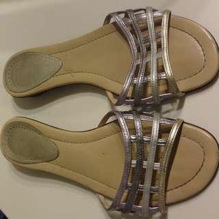 FENDI Flat Sandals 37