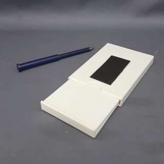 MAGNETIC MEMO W/ PEN