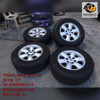 "FORTUNER STOCK 17"" with bridgestone tires!"