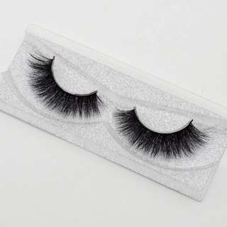 Mink false lashes: Piper