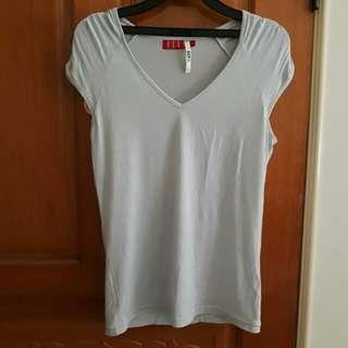 全新 ELLE 休閒 涼感 彈性 上衣 短袖 V領 T恤 名牌 M號