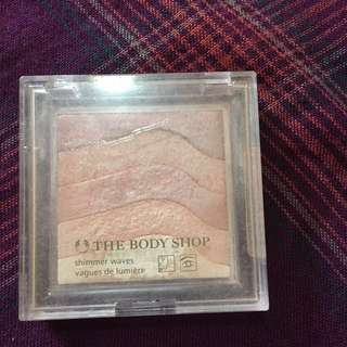 RUSH SALE! Auth THE BODY SHOP BLUSH SHIMMER WAVES! 80% full! 150 nalang!