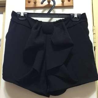 雪紡黑蝴蝶結造型短褲(含運)