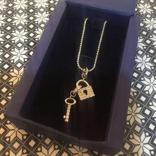 💗Swarovski/施華洛世奇 經典 鑰匙鎖頭 水鑽項鍊💗#含運最划算