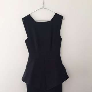 AQAQ Black Size 8 Dress