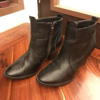 H&M Ankle Boots (With Minor Scratches)