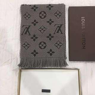 Authentic* Louis Vuitton Logomania scarf