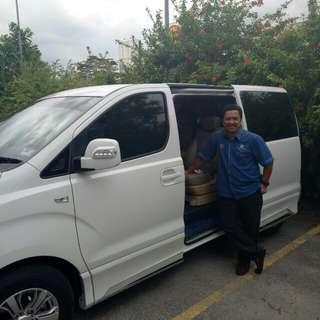 MPV HYUNDAI STAREX 2.5 DIESEL/TRANSPORT/CAR RENTAL AND CHAUFFEUR