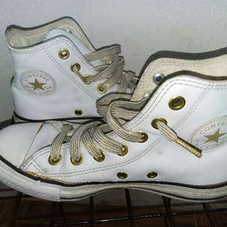 ***REPRICED****Authentic Converse Leather