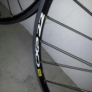 mavic cxp22 wheelset with fomula hub 10sp
