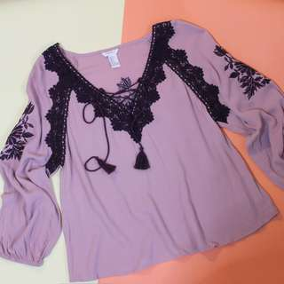 NEW: Forever21 Embroidered Blouse