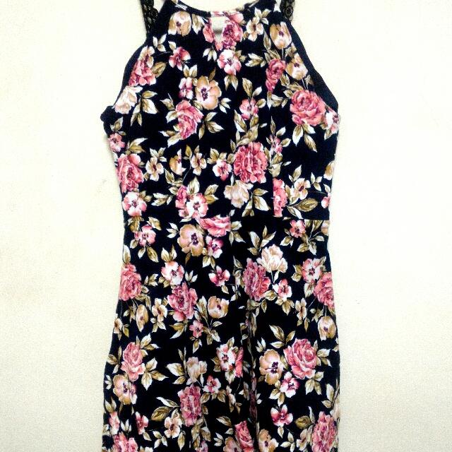 絨布料花洋裝