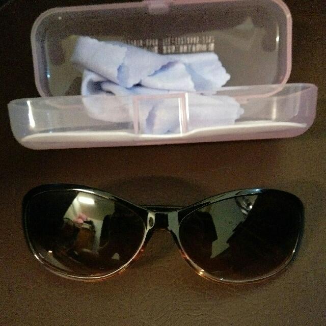 全新墨鏡 含盒 可換物