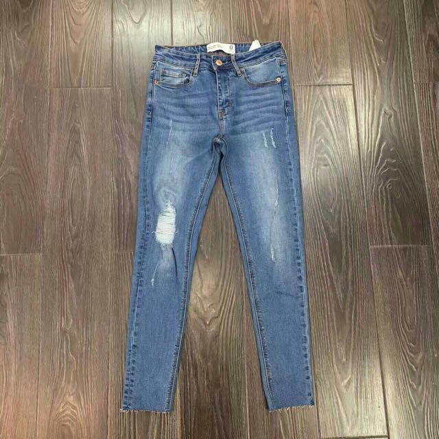 Abercrombie And Fitch Af 女生 牛仔褲 破壞 28 腰 保證正品