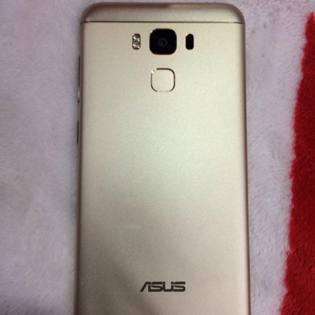 """Asus Zenfone max3 5.5"""""""