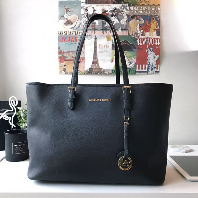 Authentic Michael Kors MK Jetset Bag