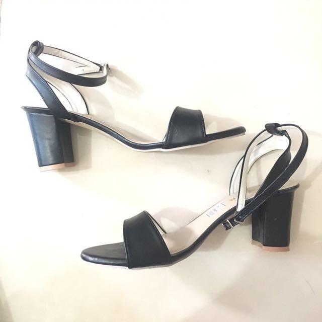 Black Heels with Single Strap