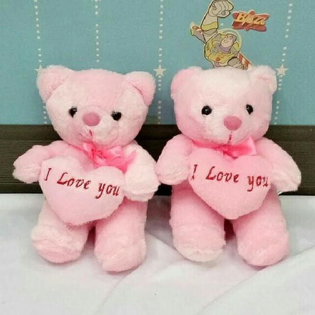 Boneka Teddy Bear Kecil Lempar Wedding bahan bulu import isi dakron bahan bantal Size 13 x 17 cm, pic adalah gambar asli barang, Babies & Kids, ...