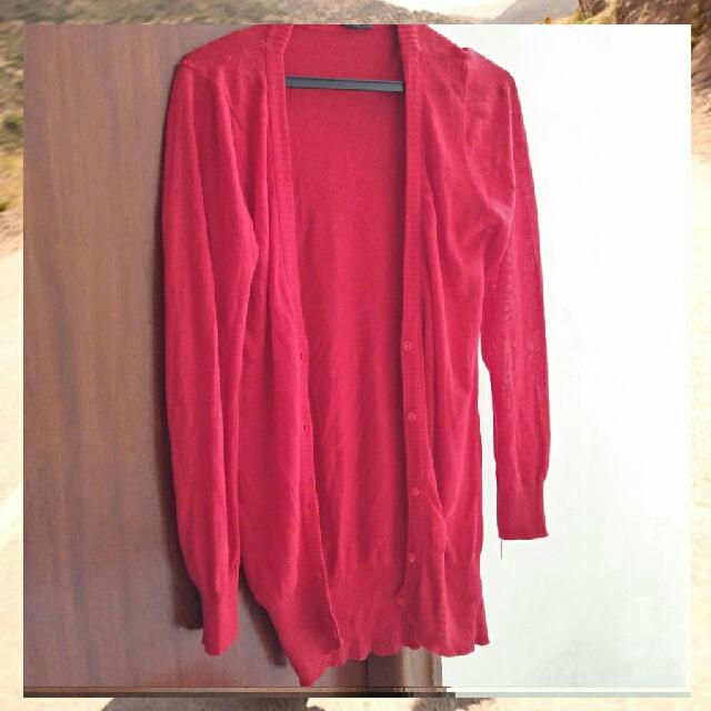 cardigan merah panjang