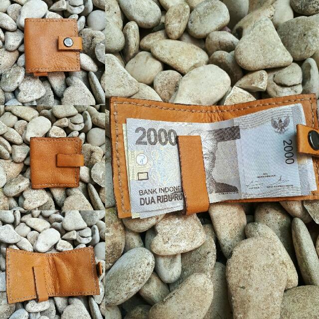Dompet Kulit Uang Kertas