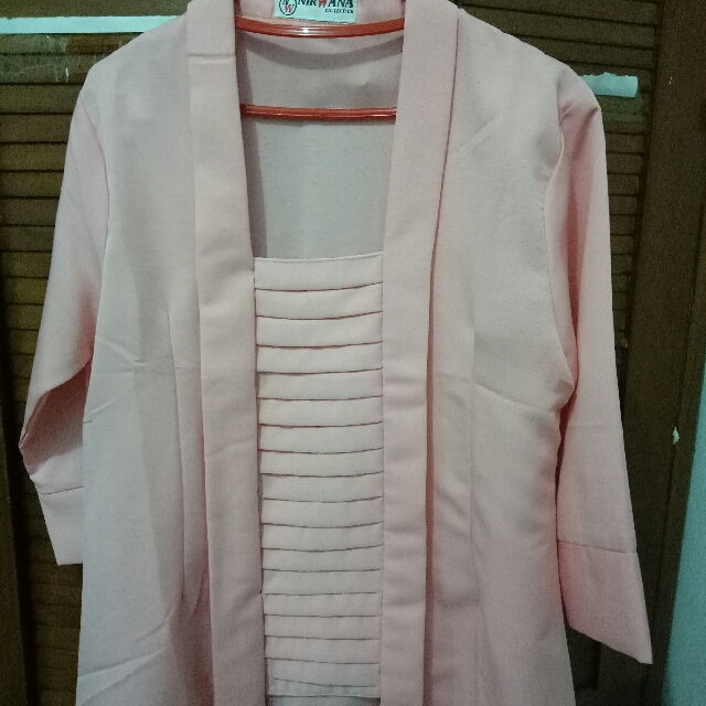 Kebaya Kutu Baru Pink