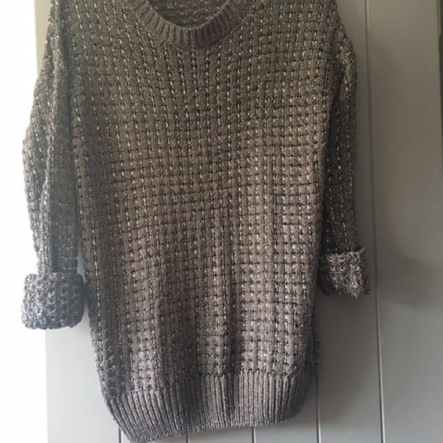 Knitted mesh jumper