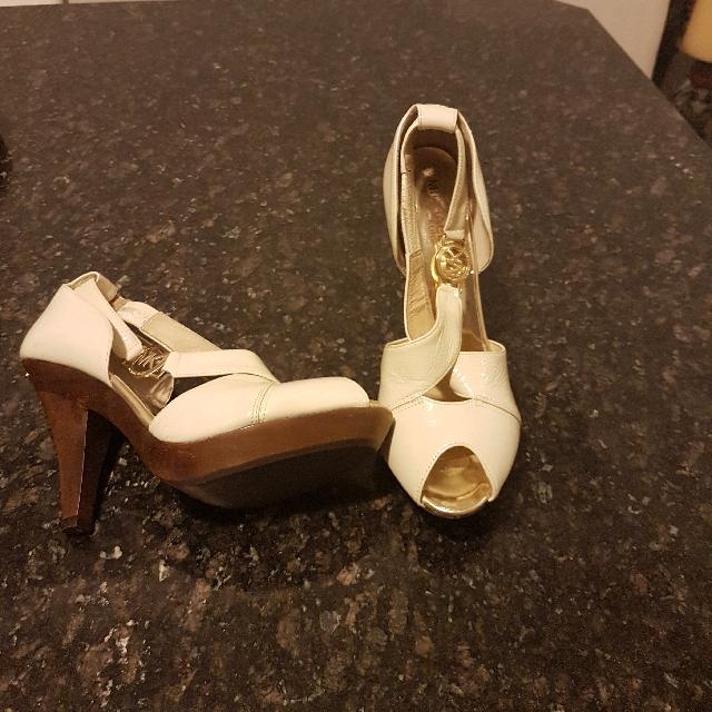 Michael Kors Heels Size 7.5 Brand New