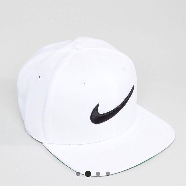 Nike刺繡棒球帽
