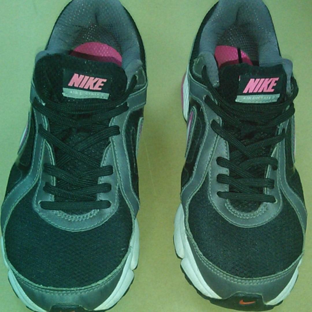 Nike Women Shoes - Size 8