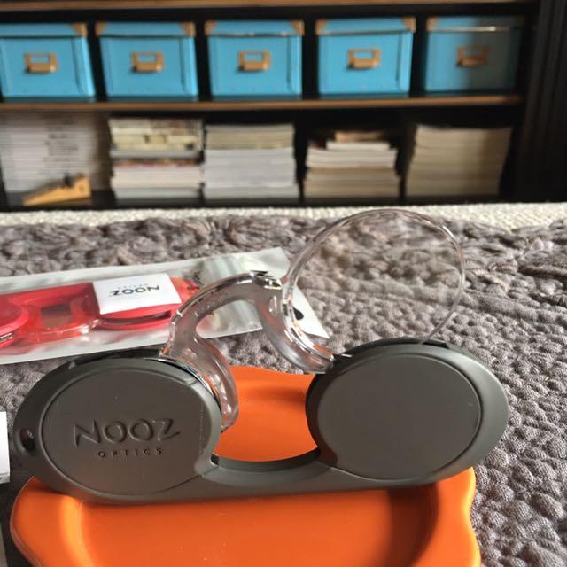 法國NOOZ 攜帶型老花眼鏡(紅)