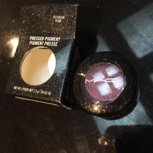 Purple glitter eyeshadow authentic Mac