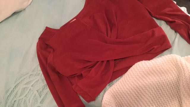 Red velvet sleeve crop