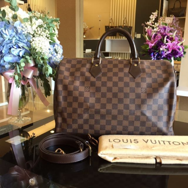 89ac663546cfe2 [Reserved] Louis Vuitton Speedy Bandouliere 35 Damier Ebene, Luxury, Bags &  Wallets on Carousell