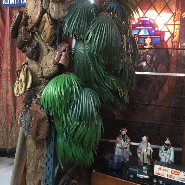 RETRO PLASTIC PALM TREE VINTAGE ANTIQUE