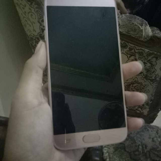 Samsung j5 Pro Rosegold