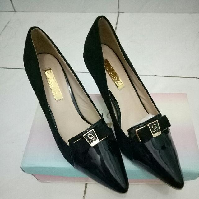 Sepatu Emory Heels