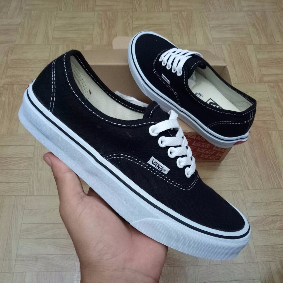 SEPATU VANS AUTHENTIC BLACK WHITE PREMIUM WAFFLE DT BNIB (Brand New In Box)  FULL TAG BARCODE MADE IN CHINA 371e24b10
